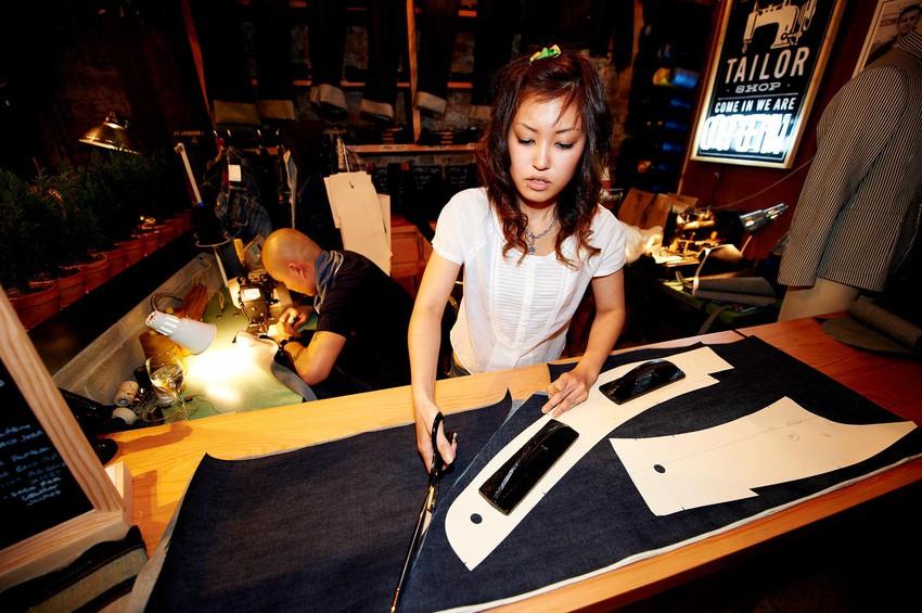 Шивашки услуги и професионален шивач